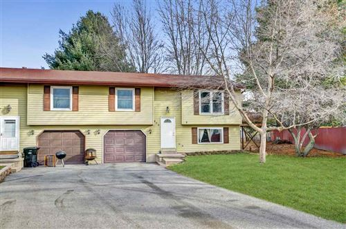 Photo of 409 Iroquois Ct, DeForest, WI 53532 (MLS # 1873505)