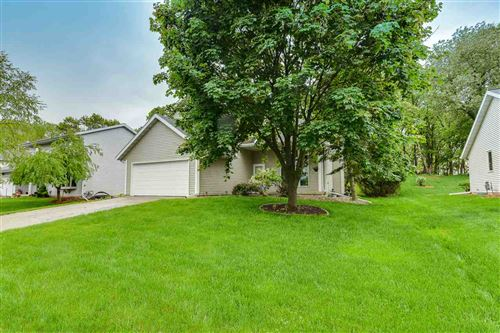 Photo of 2702 WENTWORTH DR, Madison, WI 53719 (MLS # 1884508)