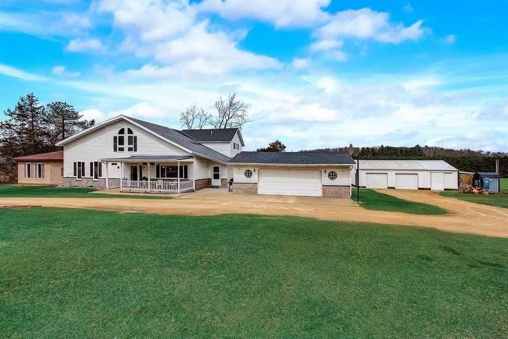 W7104 Patchin Rd, Pardeeville, WI 53954 - #: 1905510
