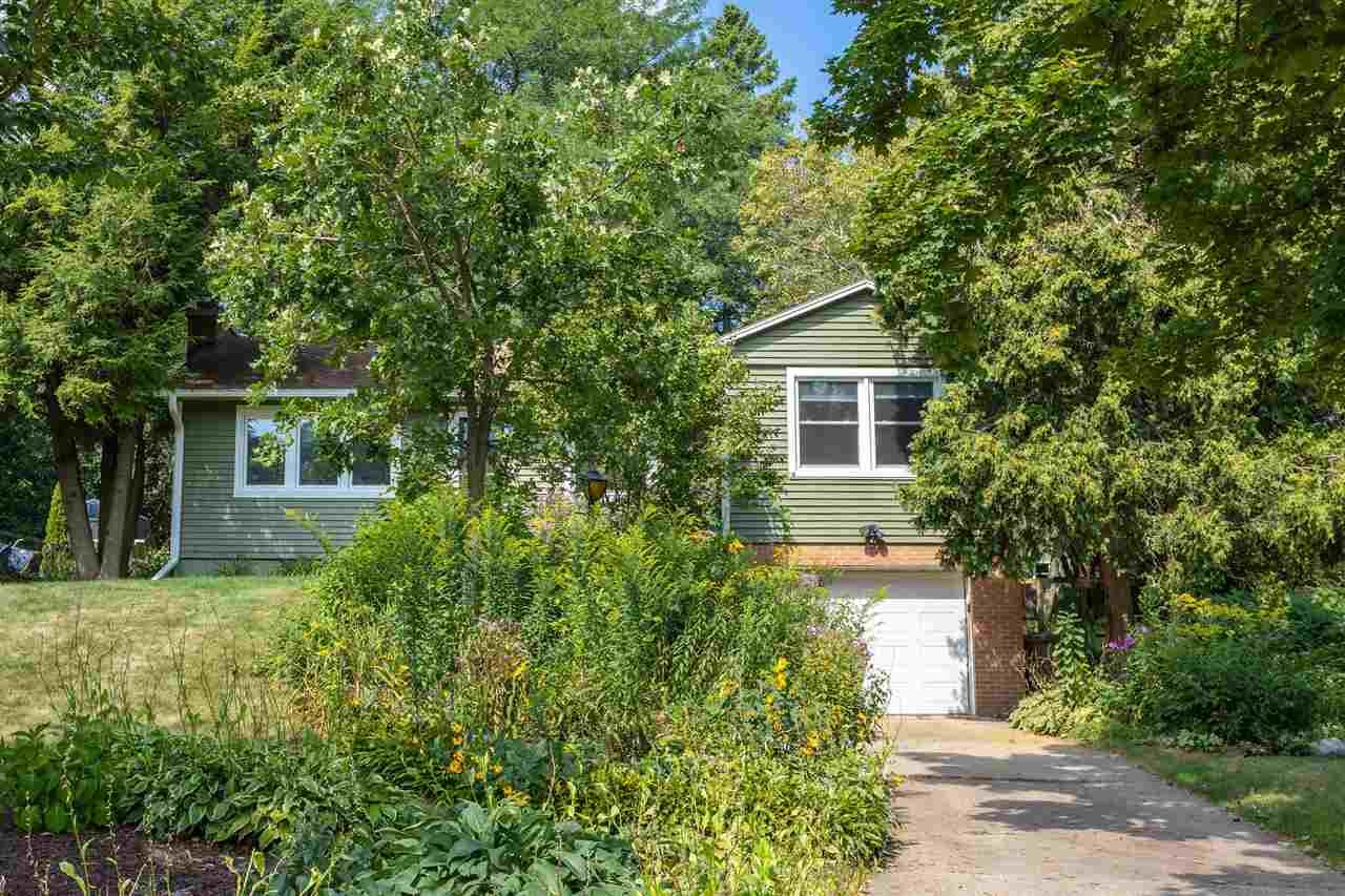 27 Frederick Cir, Madison, WI 53711 - #: 1888513