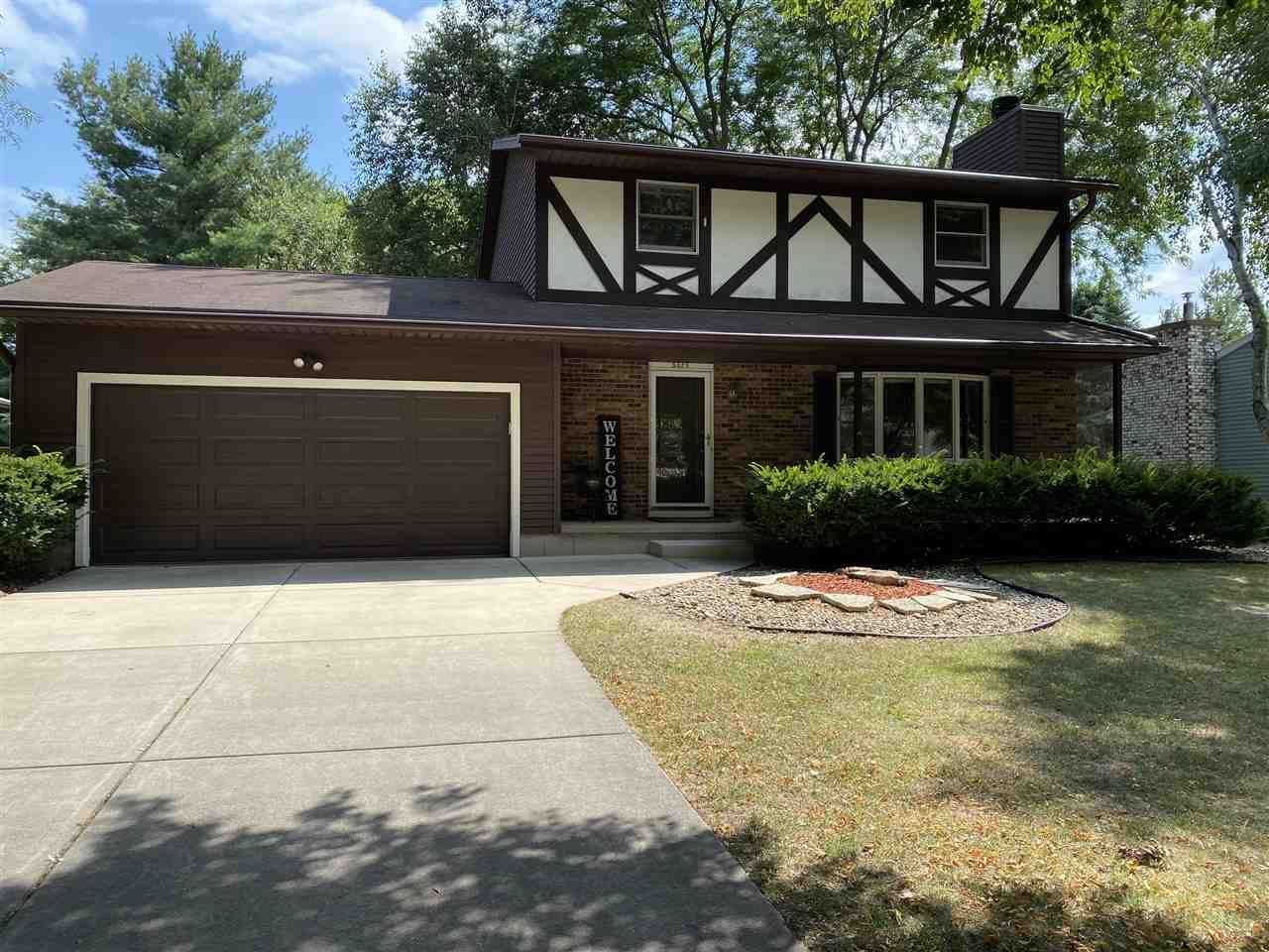 5029 Stonehaven Dr, Madison, WI 53716 - #: 1890513