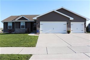 Photo of 3901 Kestrel Point Dr, Janesville, WI 53548 (MLS # 1857514)