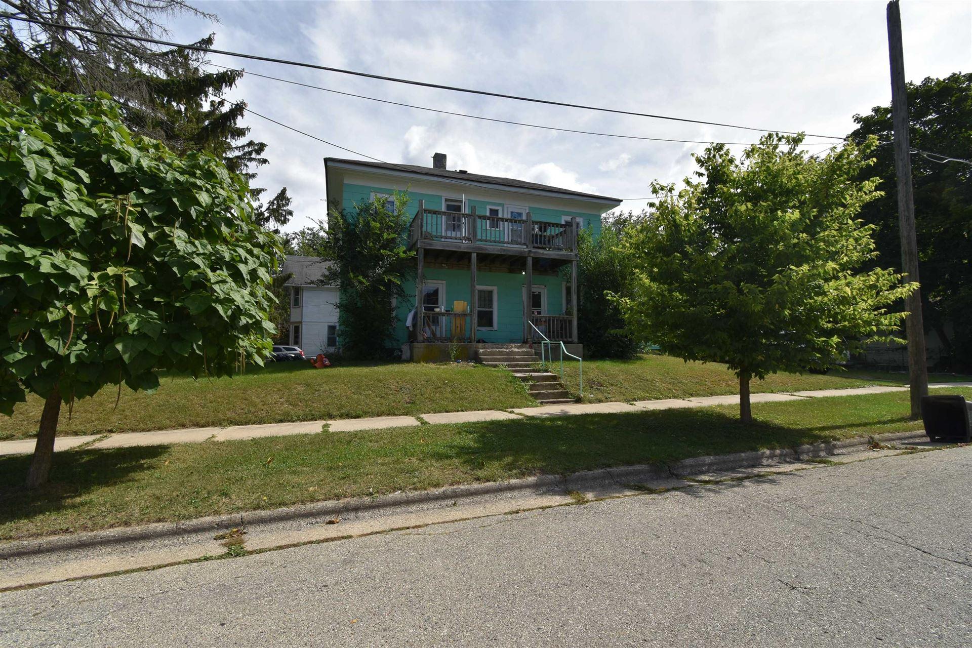 1005 Stoughton Ave, Stoughton, WI 53589 - #: 1920514