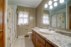 Photo of 652 N Perry Pky, Oregon, WI 53575 (MLS # 1861517)