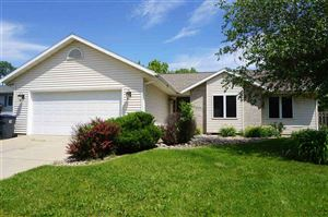 Photo of 4536 Windsor Rd, Windsor, WI 53598-9516 (MLS # 1861518)