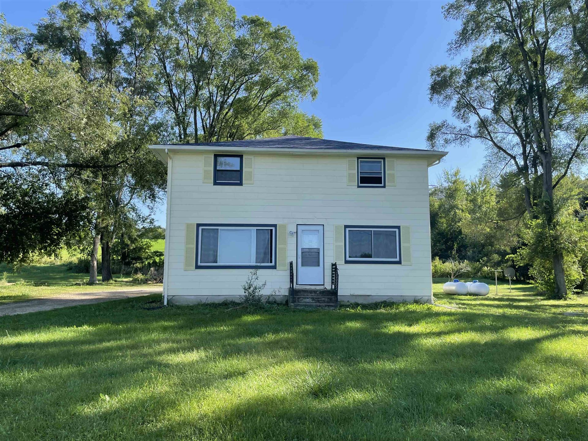 Photo for 3339 Field View Ln, Cottage Grove, WI 53527 (MLS # 1919519)