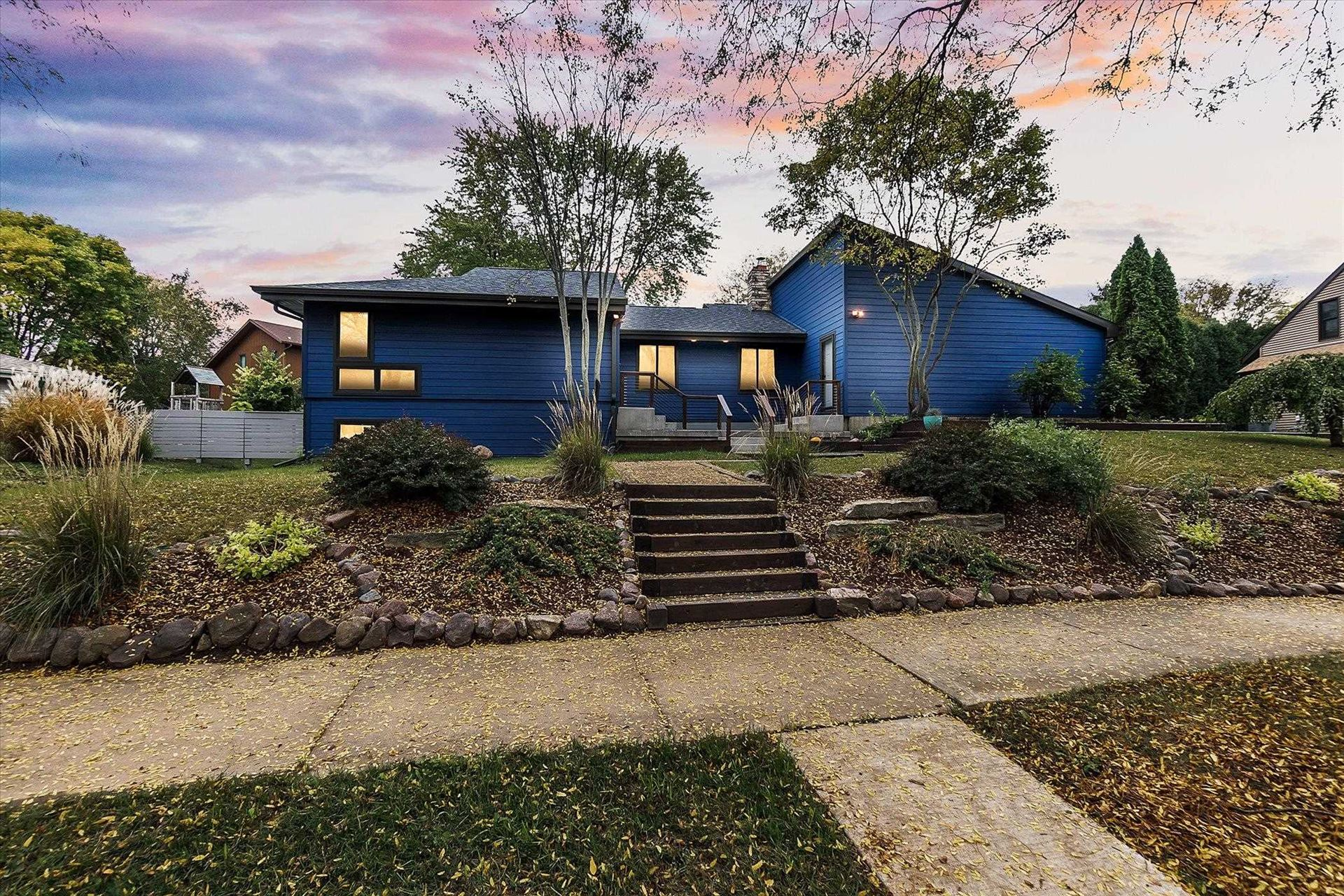 6805 Harvest Hill Rd, Madison, WI 53717 - #: 1921519