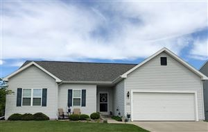 Photo of 105 Ridgeline Dr, Columbus, WI 53925-1909 (MLS # 1861522)