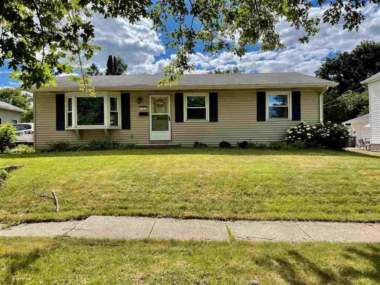 345 Cherry St, Evansville, WI 53536 - #: 1912523