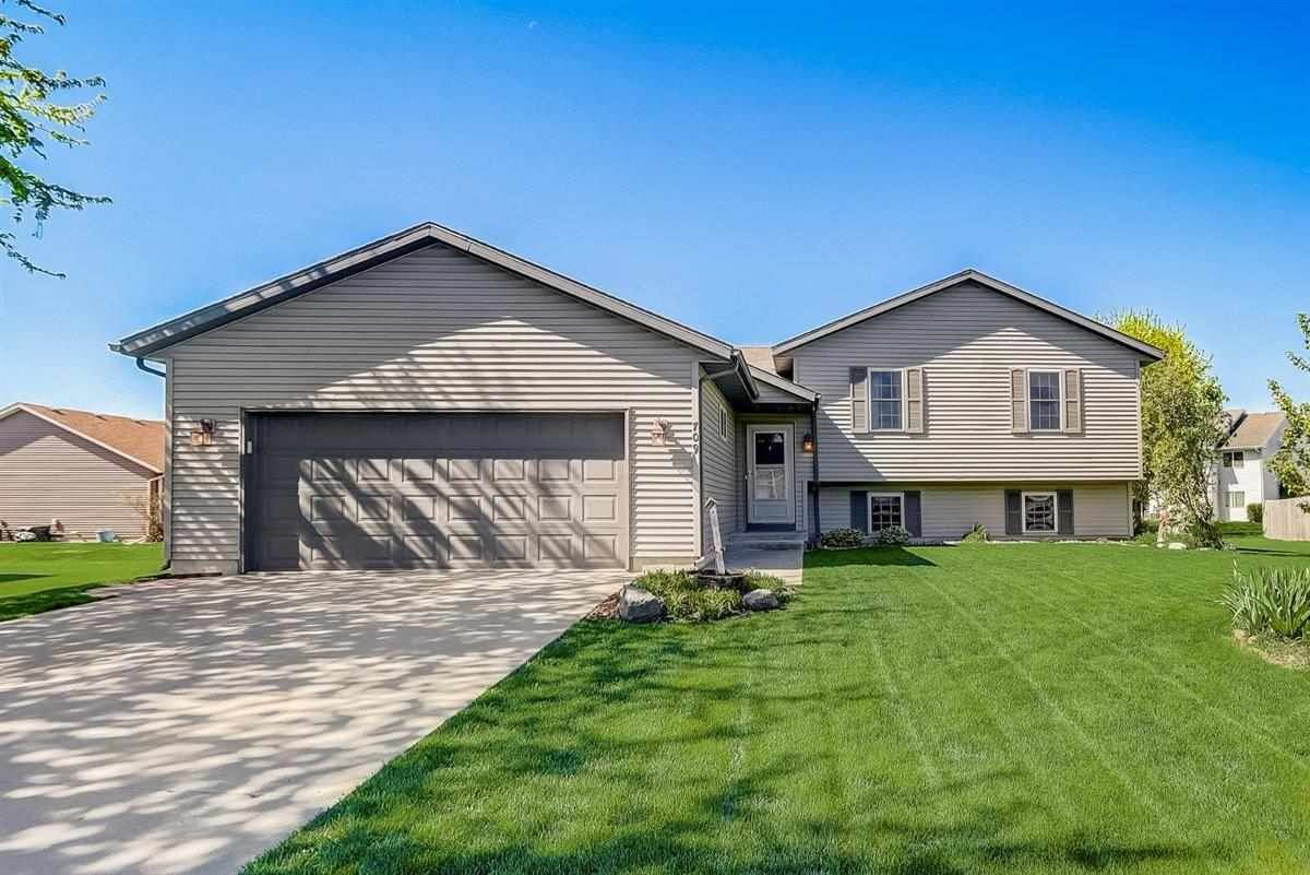 709 Heart Beat Cir, Stoughton, WI 53589 - #: 1908524