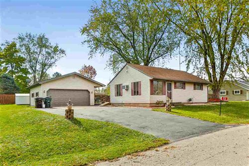 Photo of 1716 E Howard Dr, Edgerton, WI 53534 (MLS # 1896528)