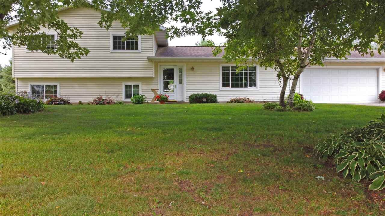 S12445 W Prairie View Rd, Spring Green, WI 53588 - #: 1892528