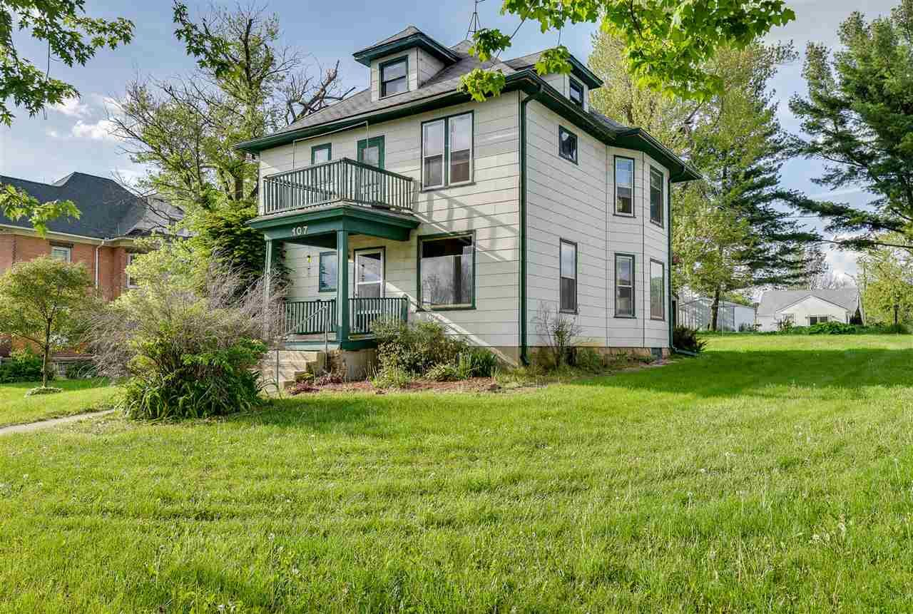 107 W Church St, Blanchardville, WI 53516 - #: 1884529