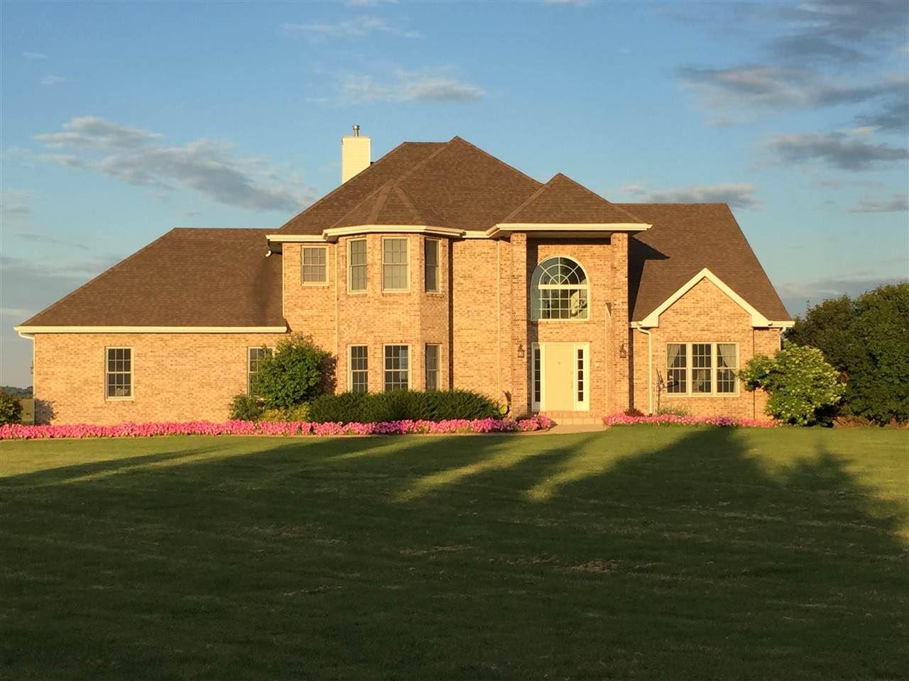 3251 Bailey Rd, Sun Prairie, WI 53590 - #: 1906532