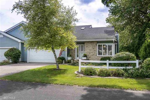 Photo of 5331 Lighthouse Bay Dr, Madison, WI 53704 (MLS # 1888536)