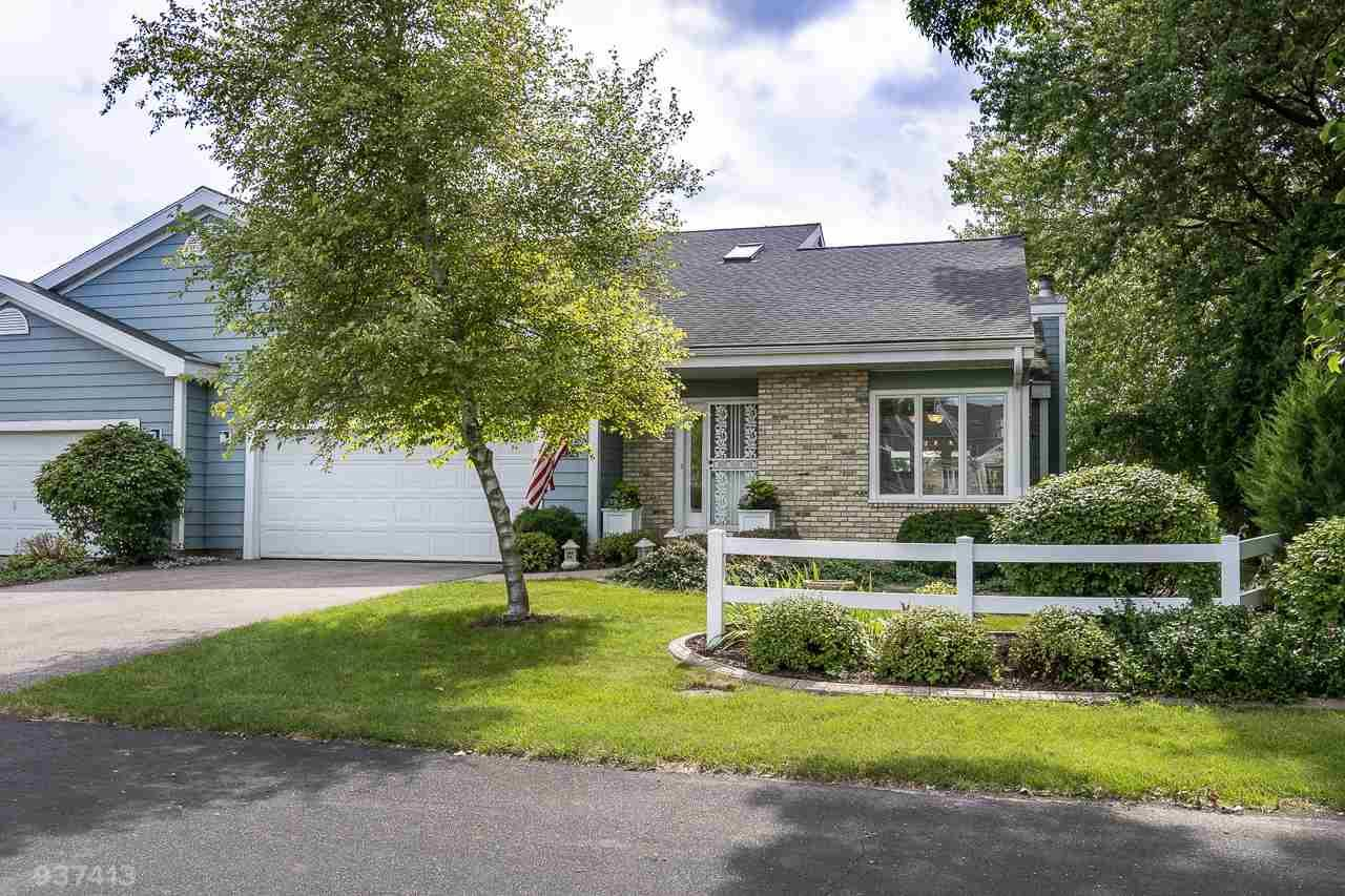 5331 Lighthouse Bay Dr, Madison, WI 53704 - #: 1888536
