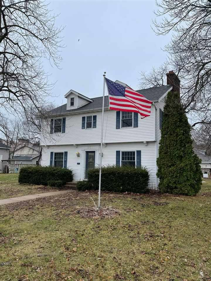 601 S Michigan St, Prairie du Chien, WI 53821 - #: 1902538