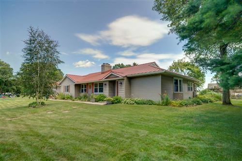 Photo of 4633 Willow St, Morrisonville, WI 53571 (MLS # 1889540)