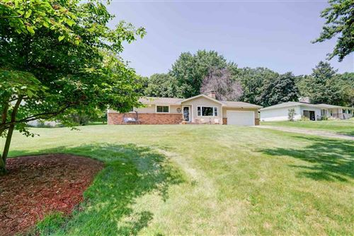 Photo of 4887 Kirkwood Dr, Waunakee, WI 53597 (MLS # 1887544)