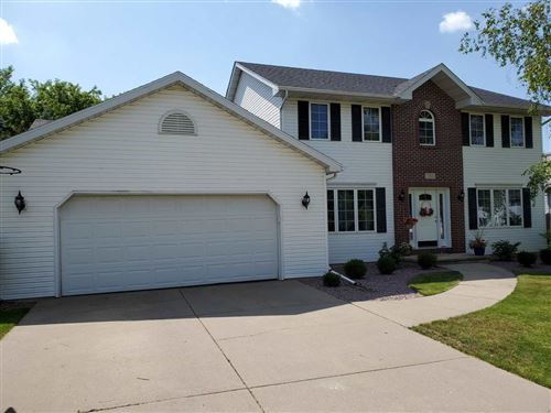 Photo of 512 Brule Pky, DeForest, WI 53532 (MLS # 1887545)