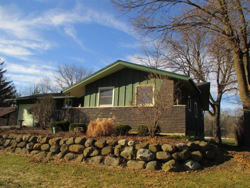 Photo of 5018 Twin Oaks Dr, Madison, WI 53714 (MLS # 1880547)