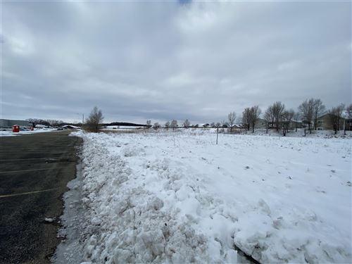 Photo of 200 Liberty Park Dr, Oregon, WI 53575 (MLS # 1899549)