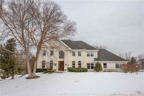 Photo of 5843 Tree Line Dr, Fitchburg, WI 53711 (MLS # 1875551)