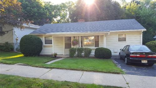 Photo of 1321 O'Neill Ave, Madison, WI 53704 (MLS # 1876551)