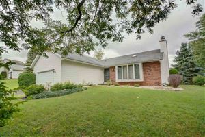 Photo of 2602 Wentworth Dr, Madison, WI 53719 (MLS # 1868552)
