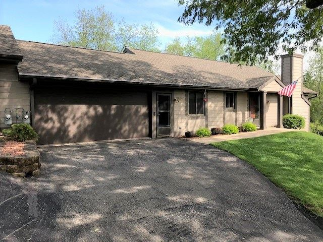216 Shady Oak Ct, Janesville, WI 53548 - #: 1885552