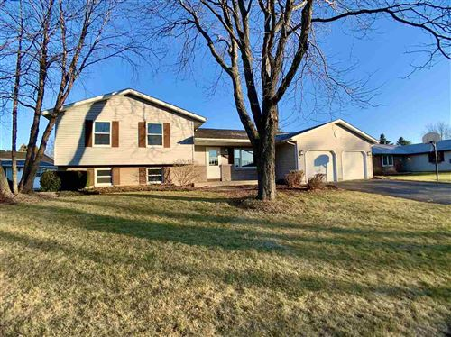 Photo of 3919 Windwood Dr, Janesville, WI 53546 (MLS # 1898553)