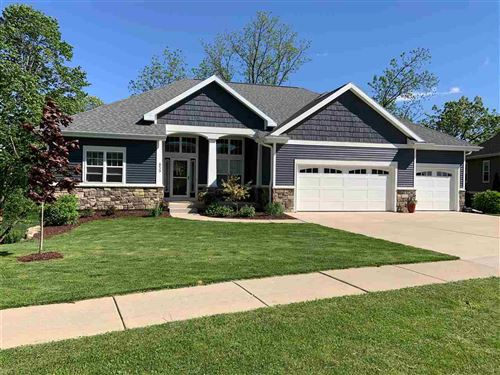 Photo of 809 Maple Dr, Mount Horeb, WI 53572 (MLS # 1884554)