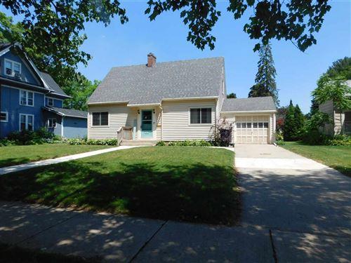 Photo of 1121 Vista Ave, Janesville, WI 53545 (MLS # 1911554)