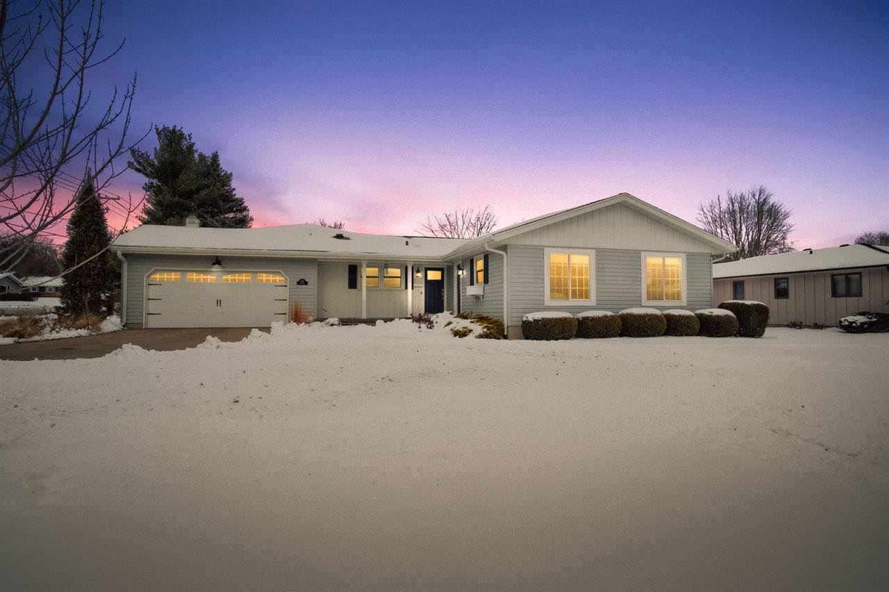 828 Roby Rd, Stoughton, WI 53589 - #: 1875554