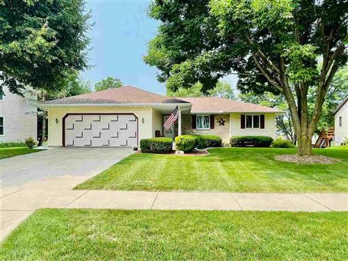 Photo of 725 N Perry Pky, Oregon, WI 53575 (MLS # 1915555)