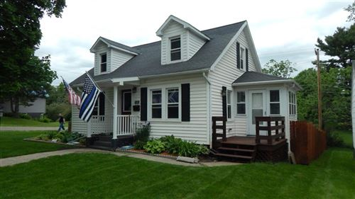 Photo of 418 W Division St, Dodgeville, WI 53533 (MLS # 1884557)