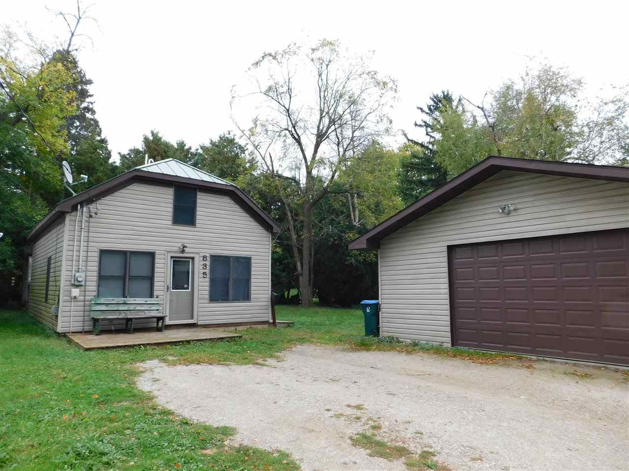835 WOODSIDE AVE, Ripon, WI 54971 - #: 371557