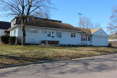Photo of 529 E Cook St, Portage, WI 53901 (MLS # 1873560)