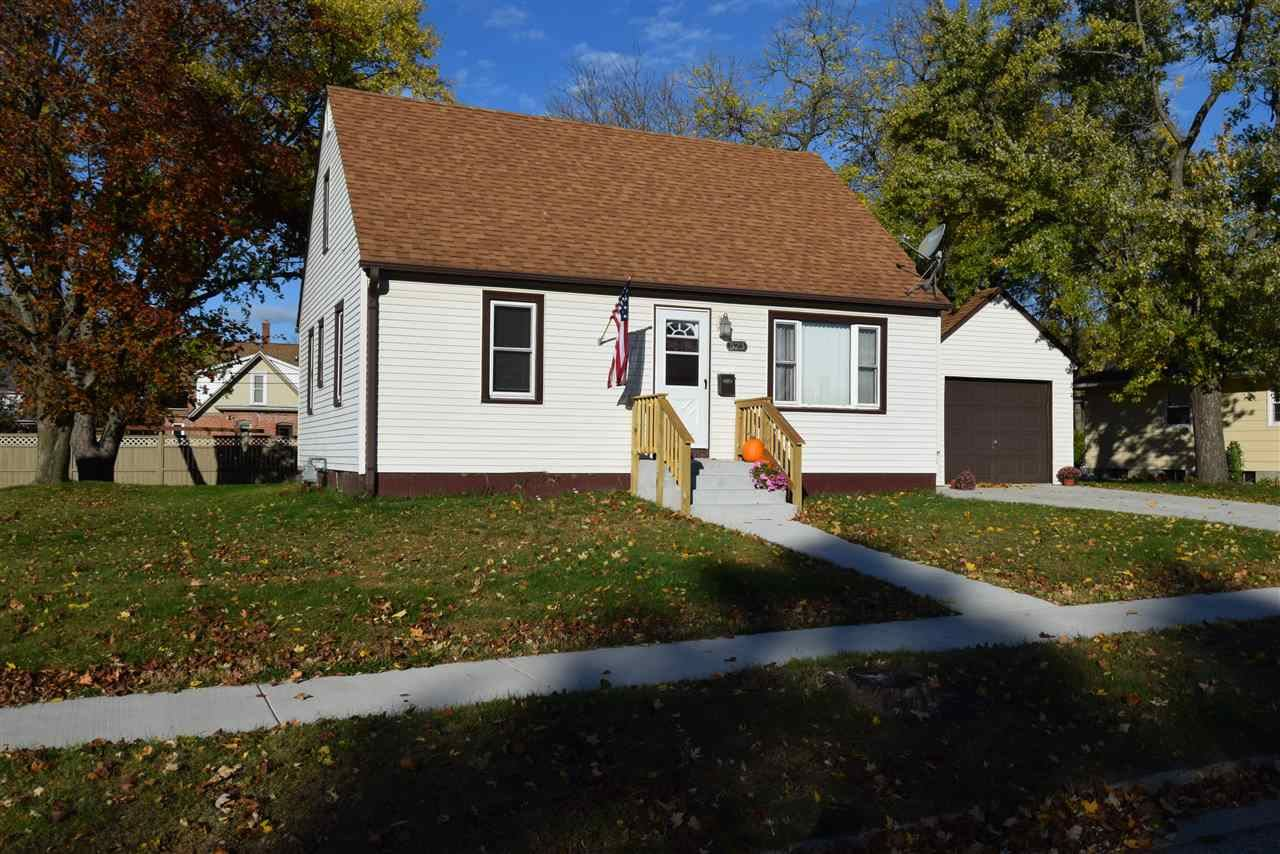 523 N Willow St, Reedsburg, WI 53959 - #: 1894560