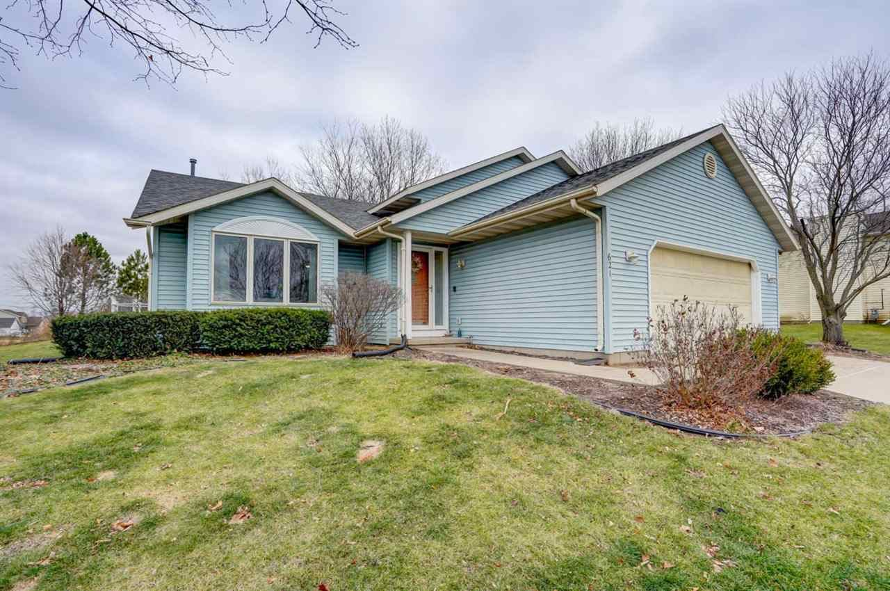 621 Eaglewatch Dr, De Forest, WI 53532 - #: 1898560