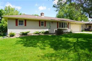 Photo of 306 Sunset Dr, DeForest, WI 53532 (MLS # 1859561)