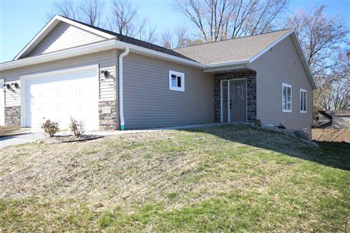 Photo of 4725 Siggelkow Rd, McFarland, WI 53558 (MLS # 1867561)