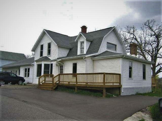 W8564 Benton St, Briggsville, WI 53920 - #: 1904567