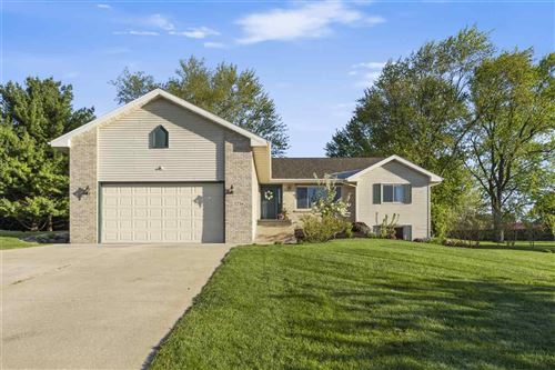 Photo of 5716 Claredon Dr, Fitchburg, WI 53711 (MLS # 1908569)