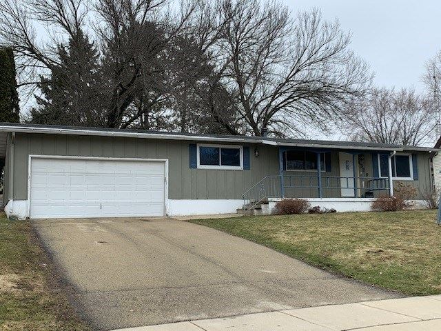 432 S Main St, Fall River, WI 53932 - #: 1879569