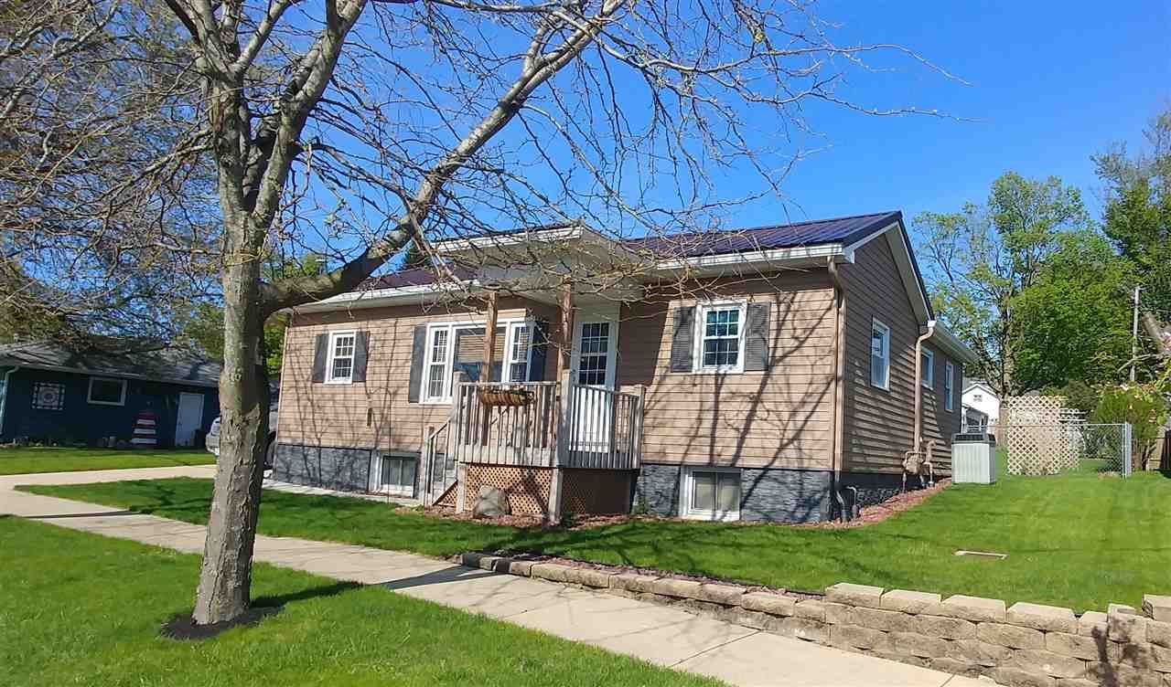2316 12th Ave, Monroe, WI 53566 - #: 1883569