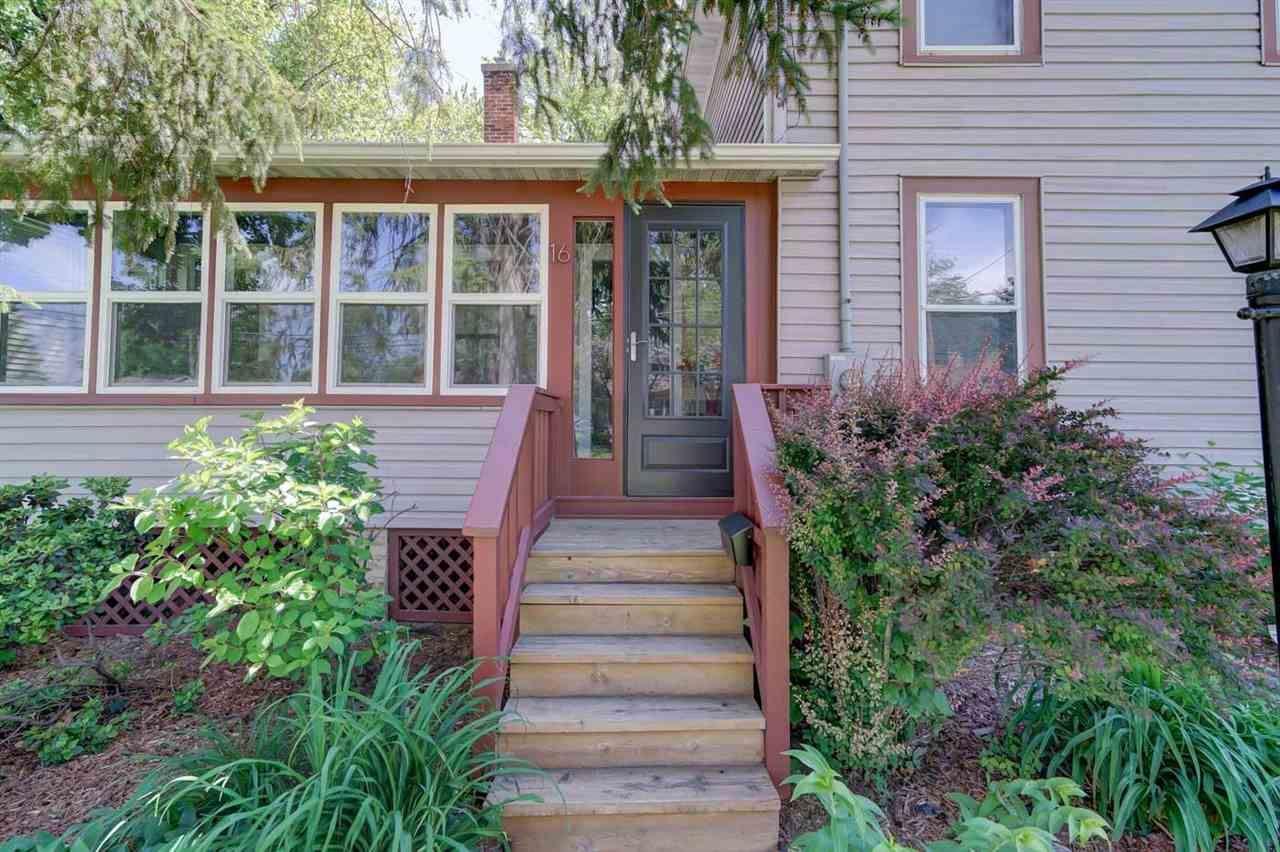 f_1910571_02 Real Estate in 53534 zip code