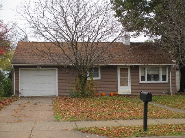 846 Maple Grove St, Tomah, WI 54660 - #: 1896572