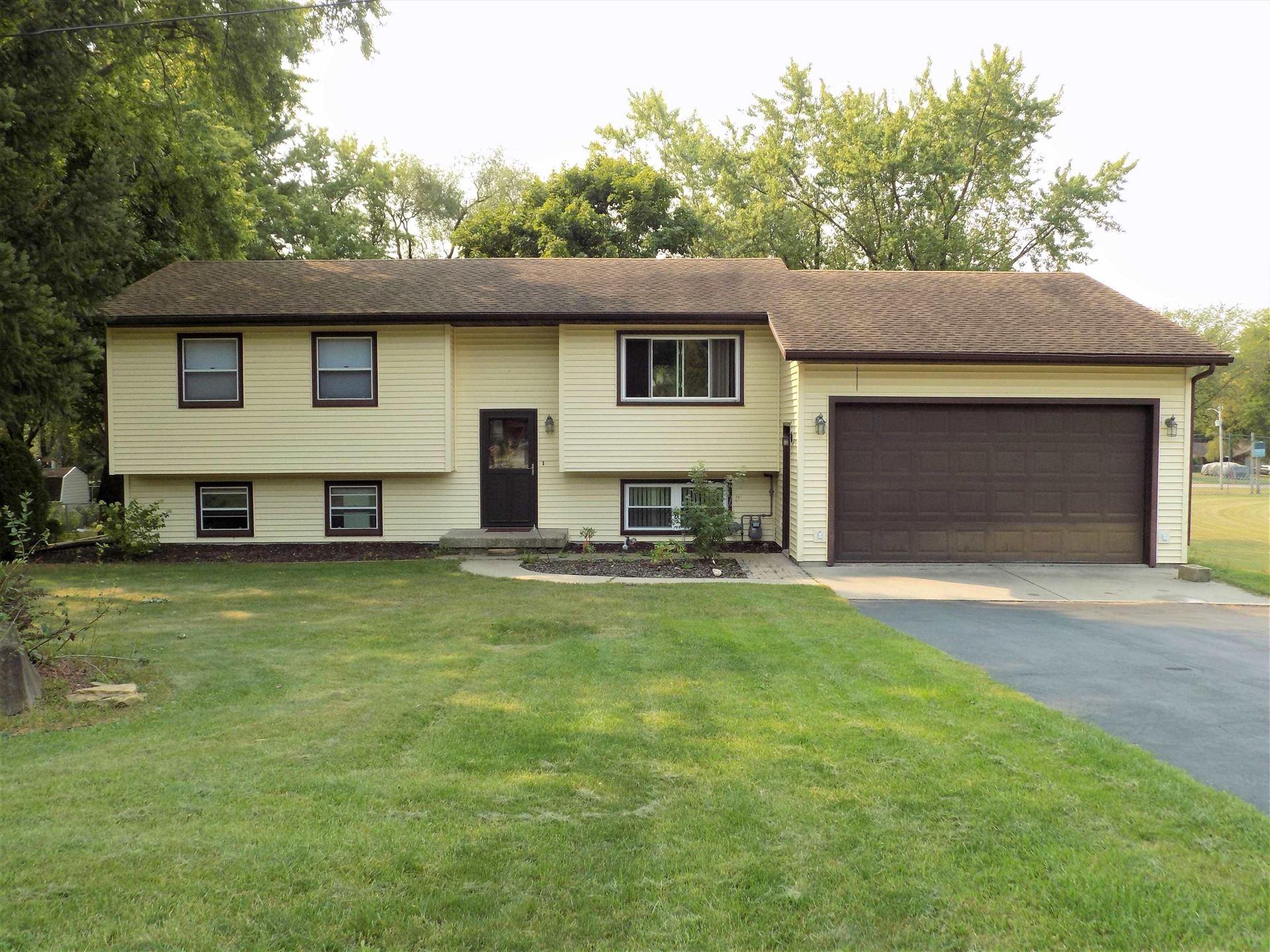 W10969 Lake Point Dr, Lodi, WI 53555 - #: 1919573