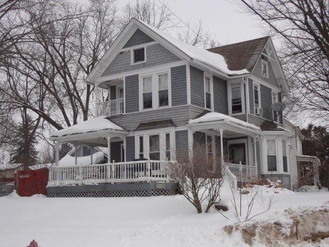 290 E Cedar St, Platteville, WI 53818 - #: 1902575